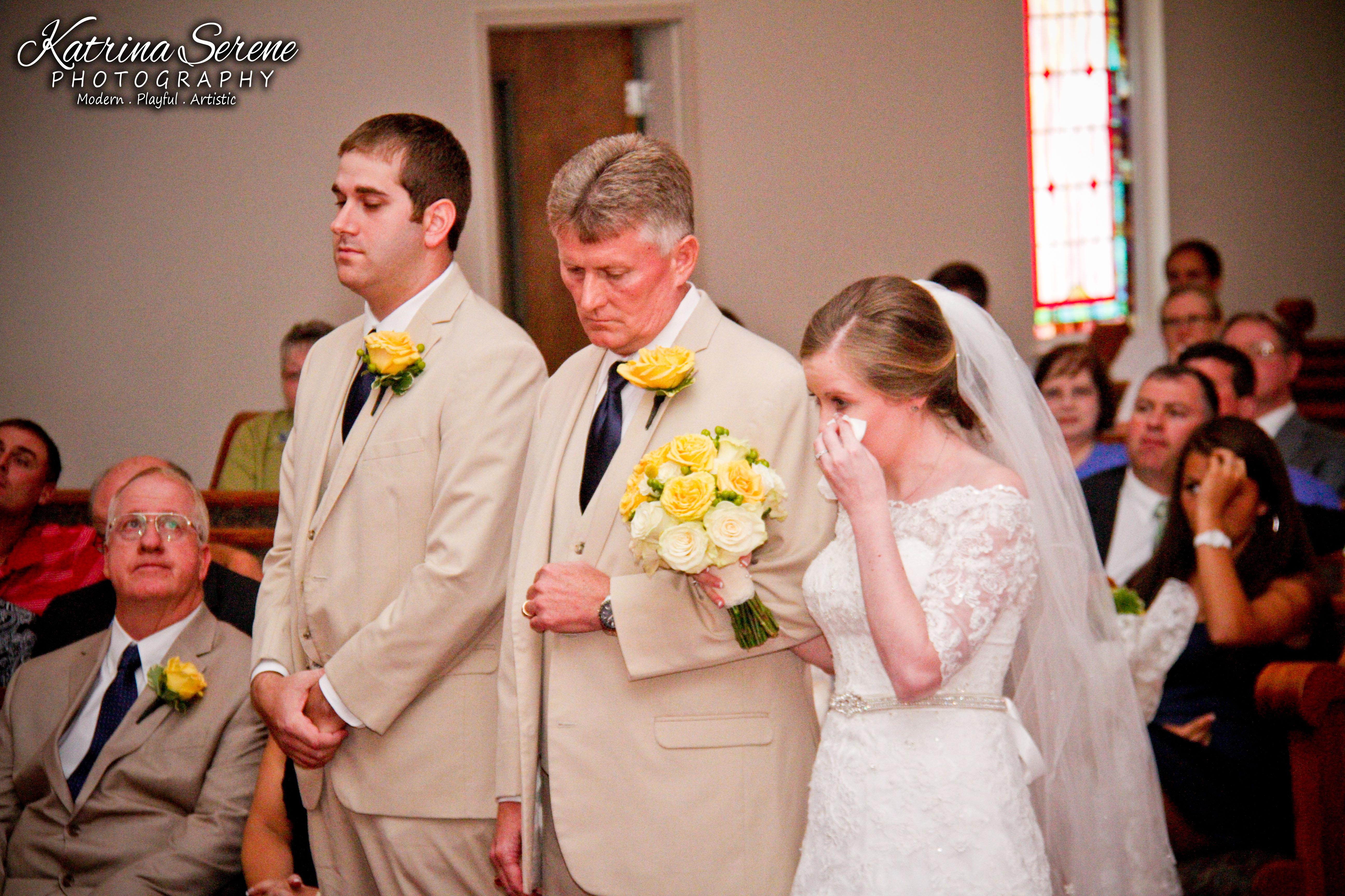 hilary andrew simple elegant wedding � katrina serene